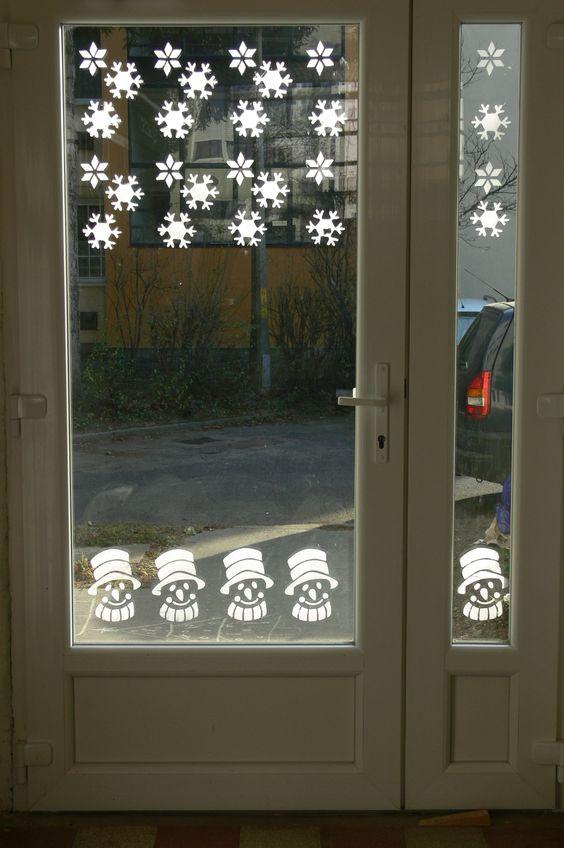 Winter window decor
