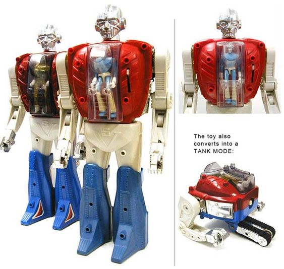 Cool Geek Toys : Fully motorized robot with a micronaut figure inside if
