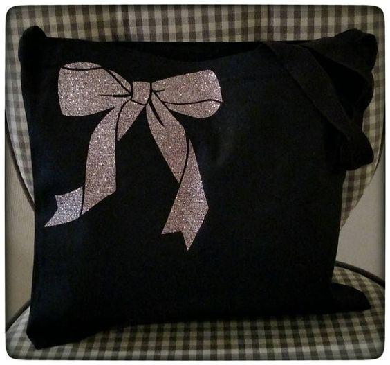Light Pink Glitter Bow Canvas Messenger Bag