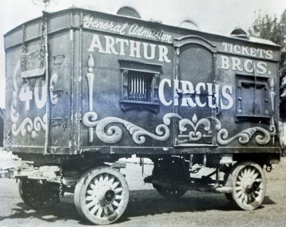 Arthur Bros Circus Ticket Wagon#2
