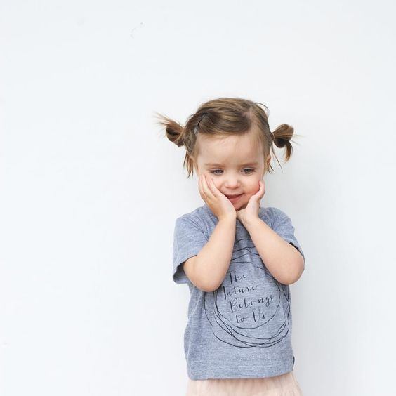 What a crack up Poppy girl is these days. She has us laughing all day long. We're loving our new @badgerandrue tee! Have you entered our giveaway with the amazing gals of @badgerandrue? Head a few pics back on our feed to enter yourself and three friends!  Contest ends Friday night. -Melissa