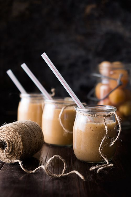 (via RECIPE: Apricot and Banana Smoothies | We eat together)