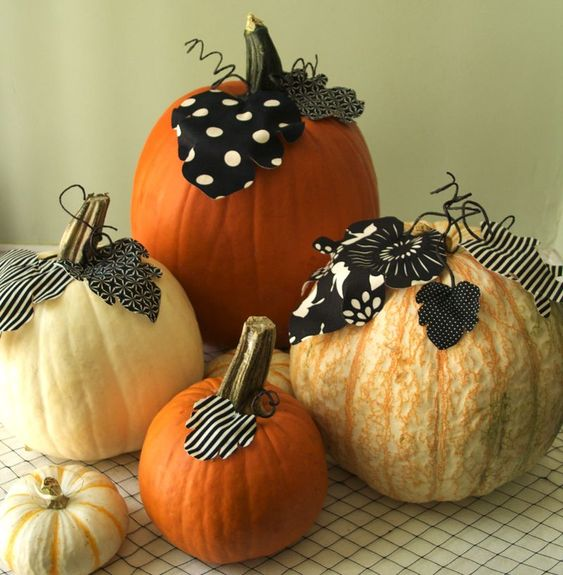CUTE! Add fabric leaves & vines to pumpkins...