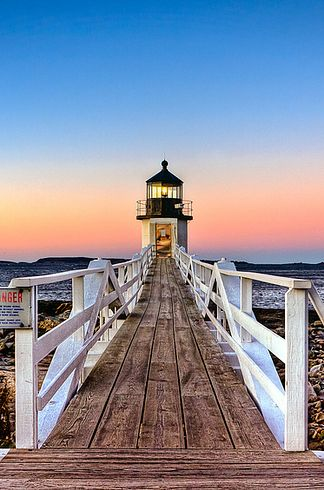 Marshall Point Lighthouse | 24 Reasons Everyone Should See Maine Before They Die
