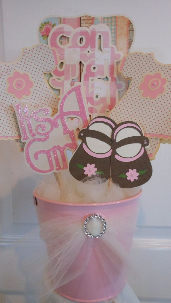 Chic babies and girls on pinterest - Mesa shabby chic ...