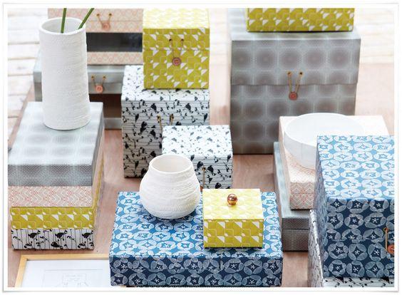 voici de jolies bo tes de rangement au style scandinave comme on aime pour ranger le courrier. Black Bedroom Furniture Sets. Home Design Ideas
