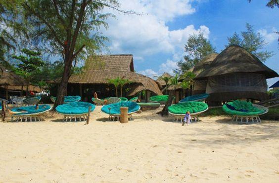 Một góc của bãi biển Otres