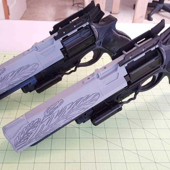 Destiny Hawkmoon Exotic Hand Cannon. Design by Lael Lee.