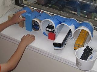 Ways To Play With Toy Cars: Container Garages, Cars Construction, Kids Stuff Now, Stuff For Kids, Kid Ideas, Car Garage, Play Cars