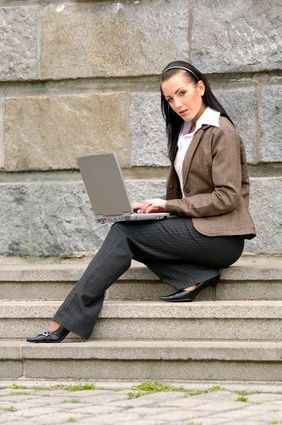 How to Find College Grants for Women