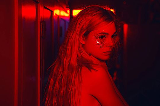 New images of Elle Fanning in The Neon Demon, 2016: