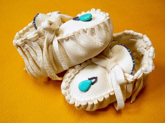 BABY MOCCASINS ~ White Elk Leather, Turquoise Pendant, Fringe, Violet Aura Seed Beads, Heirloom New Baby Shower Unisex 3-6 months Soft Sole