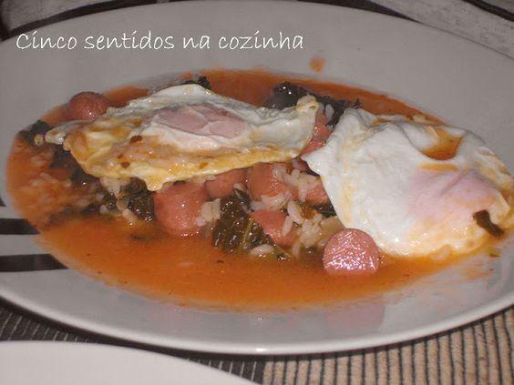 Cinco sentidos na cozinha: Arroz com salsichas, lombardo e ovo estrelado