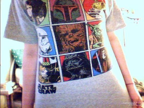 Very nice STar Wars T-Shirt! <3 (The image is flipped)