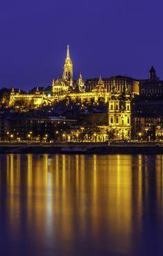 Quais as melhores baladas de Budapeste? https://t.co/swkRbVjc9x  #viajantesdubbi https://t.co/InF1ta9mIv