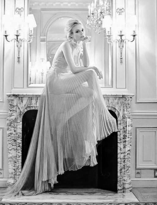 Sheer pleats and Miss Kruger.