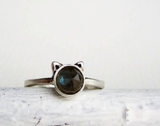 Gray Cat Ring, Labradorite Sterling Silver Ring