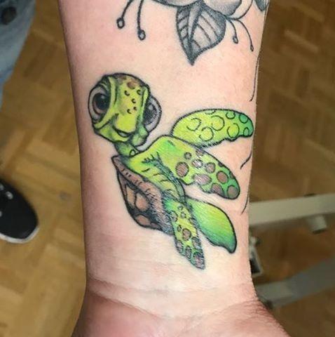 Cute Green Turtle On Wrist Tattoos For Women Back Tattoo Women Wrist Tattoos For Guys