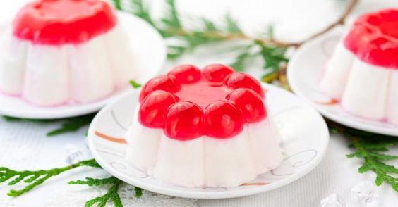 Recette de Panna cotta à la vanille et gelée à la rose. Facile et rapide à réaliser, goûteuse et diététique. Ingrédients, préparation et recettes associées.