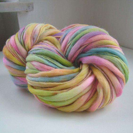 Handspun, spinning and dyeing, merino 18 mic | by B.eňa