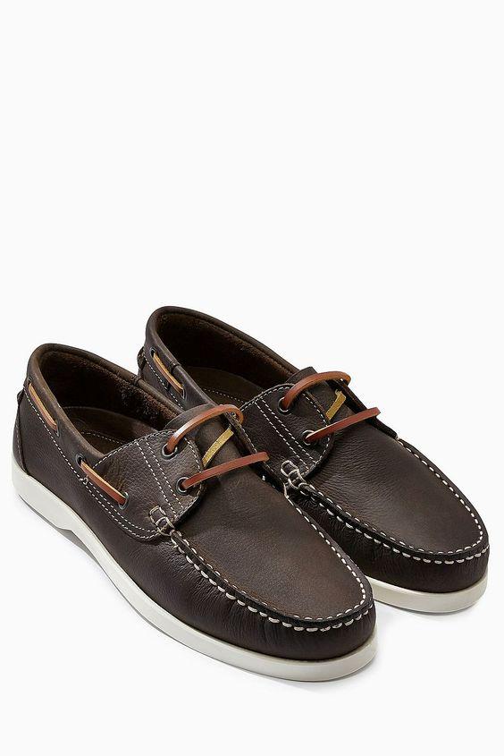 Bootschuh aus Leder  Obermaterial: Leder. Futter und Decksohle: Leder. Außensohle: sonstiges Material....