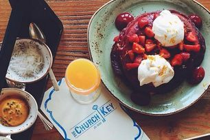 14 Spots For The Best Bottomless Mimosa Brunches in Los Angeles