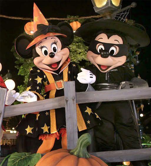 zorro at disneyland zorro pinterest - Mickey Minnie Halloween