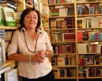 Agencia Literaria fundada por Antonia Kerrigan a finales de los años ochenta en Barcelona. Representamos a autores en lengua castellana para todo el mundo, así y como a otras agencias y editoriales extranjeras en España. Actualmente representamos a unos 150 autores de diferentes estilos literarios, tanto de ficción como de no ficción.