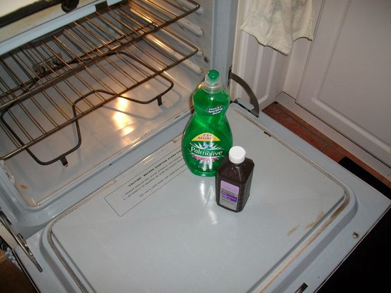 picture 2 of 2 dish soap and hydrogen peroxide!!!! it gets greasy stains and cooked on ...stuff....OFF!!!