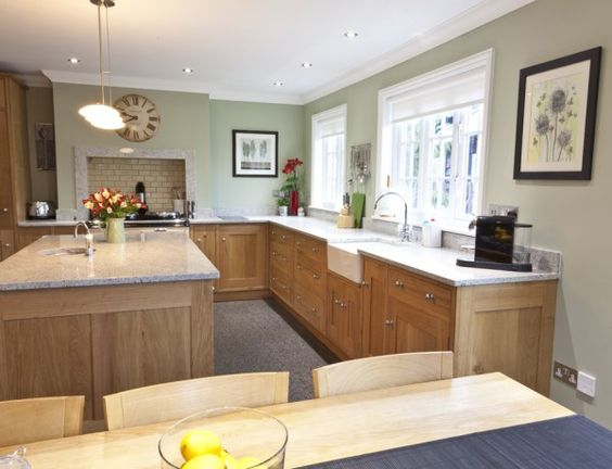 The Best Paint Colours To Go With Oak (Trim, Floor, Cabinets and ...