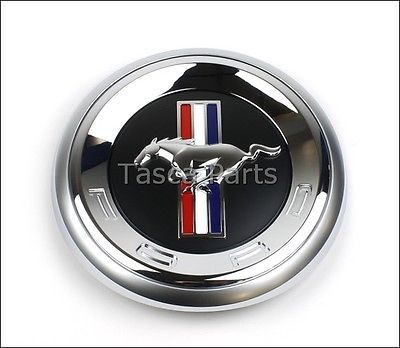 BRAND NEW OEM REAR DECKLID FAUX GAS CAP EMBLEM 2010-2012 FORD MUSTANG BASE