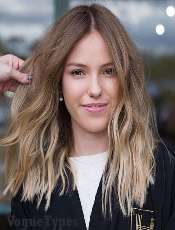 Best Medium Length Hairstyles For Celebrity Girls Tap Here And See The Most Recent Style Of Shoulder Len Brunette Hair Color Balayage Hair Hair Color Balayage