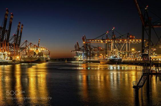 Im Hafen by -snapshooter- #fadighanemmd
