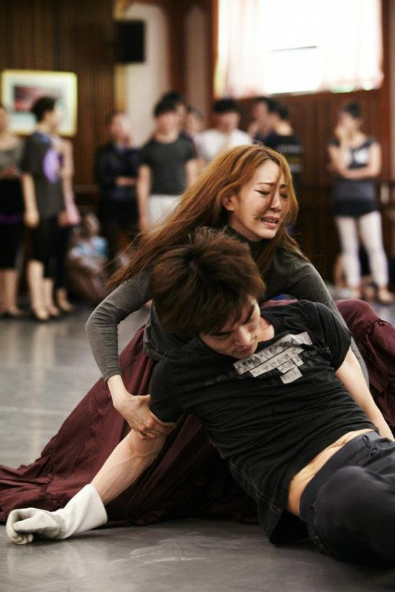 Tybolt's Death: rehearsal of Romeo and Juliet; Korea's amazing Universal Ballet Co.