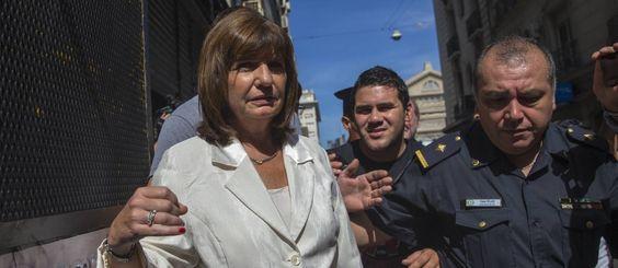 Cristina dissolve Secretaria de Inteligência argentina +http://brml.co/1H2cKyf