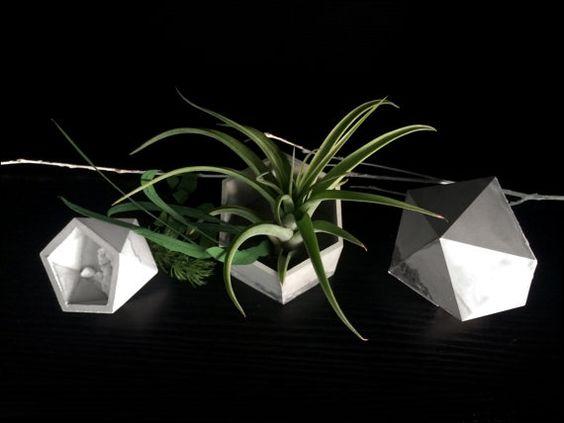 Concrete Vase - Small Icosahedron