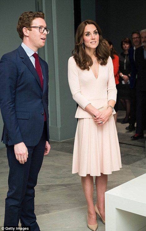 Kate had a thorough tour of the artworks...: