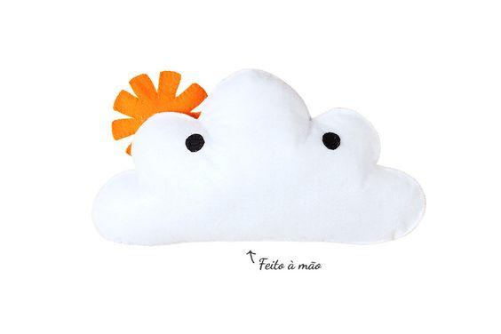 almofada nuvem sol feita à mão