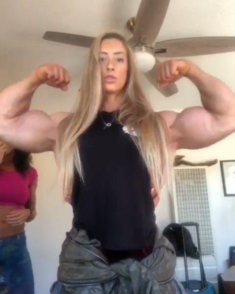 She Ate A Little Too Much Follow Gym Empire Ig Kimybikinifitness Aaronw Reed Shehulk Beastmode Biceps Arms Sh Biceps Shehulk Bodybuilding