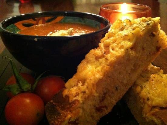 Kruidig Italiaans Tomatenbrood recept   Smulweb.nl