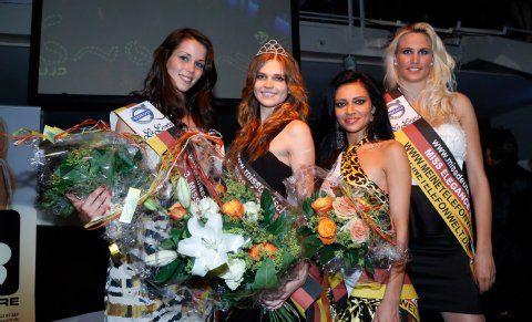 NRW Miss-Wahl 2012: Die Zweitplatzierte Arewik Sargsyan (22) (zweite von rechts) wurde mit Vani-T LiquidSun gesprüht. Definitiv die schönste Hautfarbe von allen Teilnehmerinnen.
