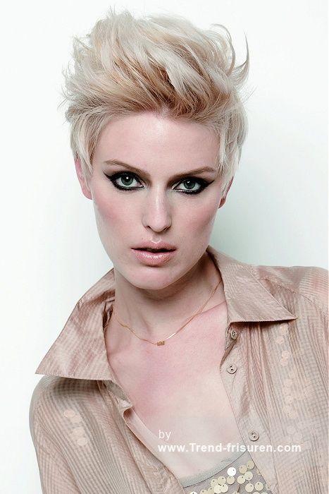 KEUNE Kurze Blonde weiblich Gerade Farbige Weiß Spikey Layered Niederländisch Frauen Haarschnitt Frisuren hairstyles