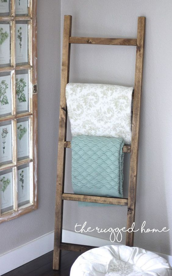 Make A Rustic Ladder For 7 Dollars Home Decor How To Pallet Plumbing Repurposing Upcycling Rustic Fur Rustic Furniture Design Home Decor Easy Home Decor