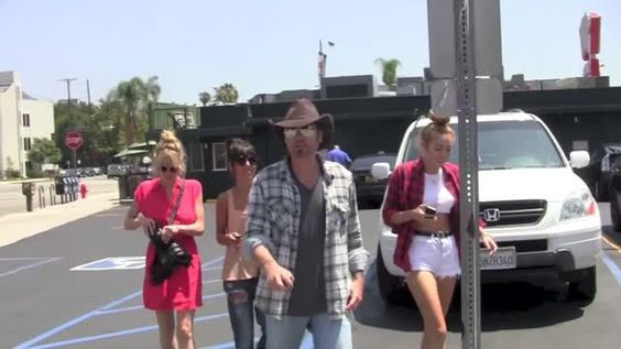 VIDEO: Billy Ray Cyrus Calls Engaged Miley and Liam 'Great Friends' - http://ontopofthenews.net/2013/04/16/entertainment/video-billy-ray-cyrus-calls-engaged-miley-and-liam-great-friends/