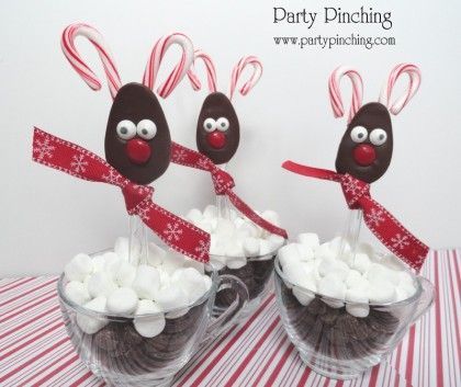 chocolate reindeer spoons, hot chocolate spoons, hot cocoa spoons, cute chocolate spoons, easy christmas treat ideas