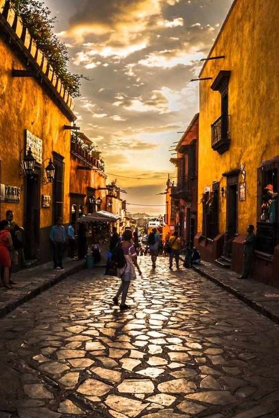 San Miguel de Allende, Mexico. Magic place.