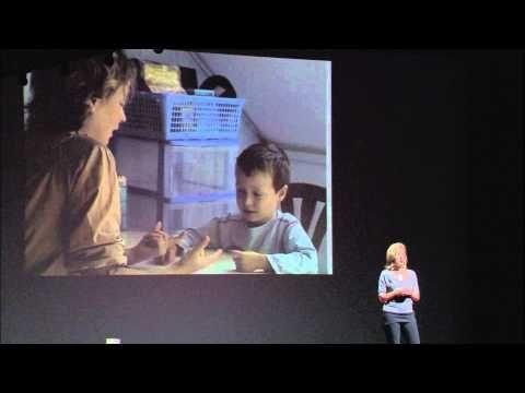 TEDxParis 2012 - Lydie Laurent - Plaidoyer pour une école inclusive - YouTube Le cas de son petit garçon, diagnostiqué autiste sévère à l'âge de trois ans, la conduit à s'intéresser à de nouvelles stratégies éducatives et méthodologies cognitivo-comportementales; son but étant de donner à son fils les moyens d'accéder à la scolarité et l'apprentissage.