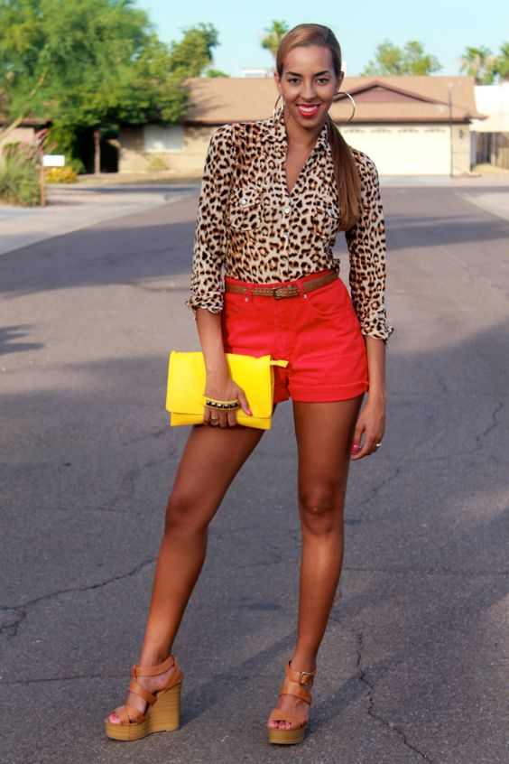 High Waisted Shorts x Leopard Top || Cocofashionista.com