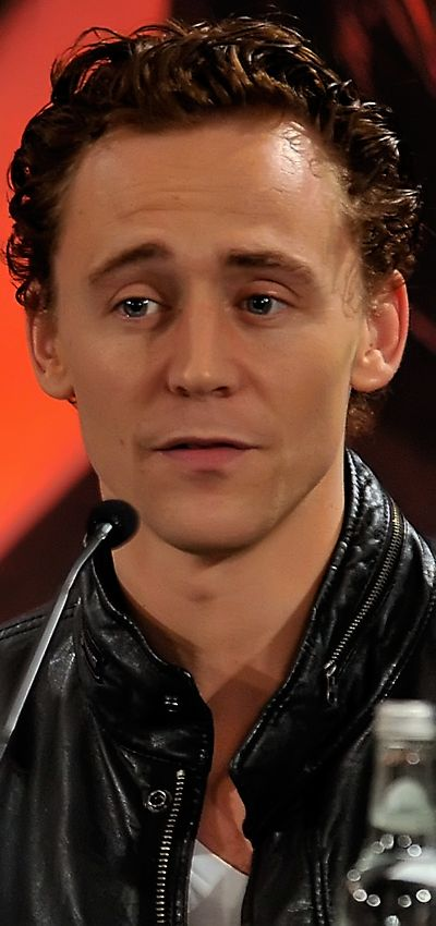 Tom Hiddleston at Thor UK Press Conference on April 11, 2011. Enlarge photo [UHQ]: http://imgbox.com/SOrHdZ8B. Source: http://torrilla.tumblr.com/post/112025371425/torrilla-tom-hiddleston-chris-hemsworth-and