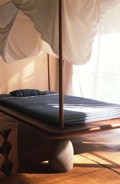 Bedroom  ベッドルーム  Camera da Letto  Dormitorio  Chambre